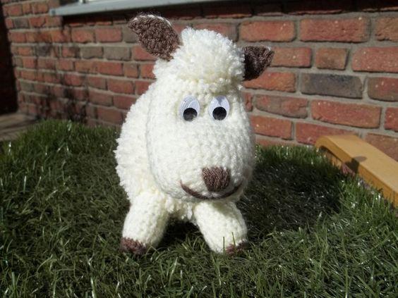 Häkeltier - Schaf Edeltraut von Häkeltante auf DaWanda.com