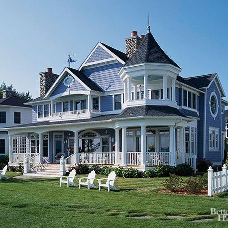 17 Victorian Style Houses With Stunning Decorative Details In 2020 Victorian Homes Victorian Style Homes Victoria House