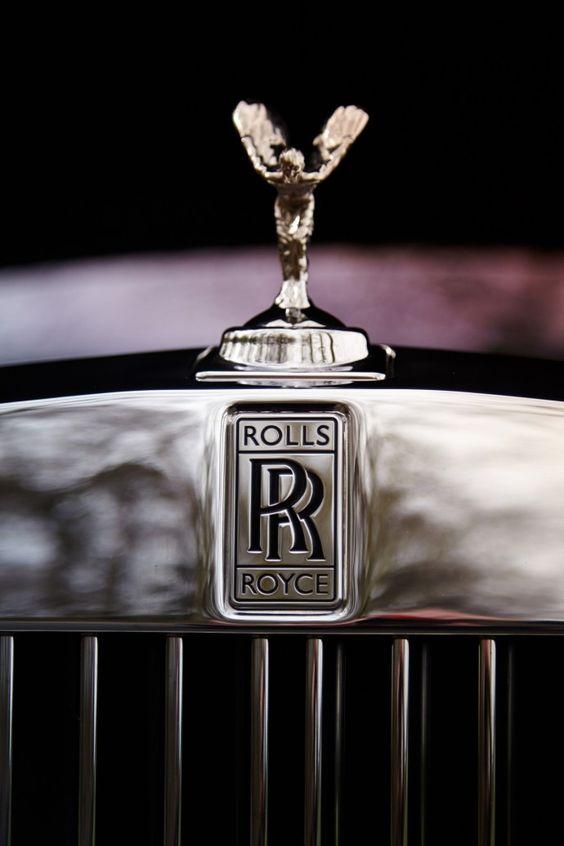 Spirit of ecstasy Rolls Royce Phantom