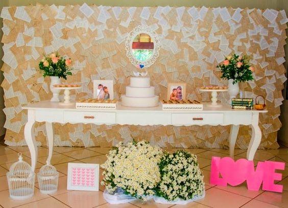simples assim decoraç u00e3o da mesa do bolo Arranjos , flores, casamento Pinterest Mesas e  -> Decoração De Mesa Do Bolo Para Casamento Simples