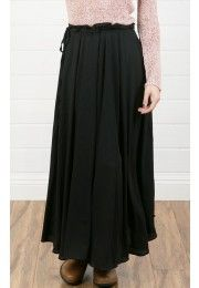 #makemechic Maxi Skirt BLACK  Black makes you look thinner, or so they say. Also, this skirt is cute. :)