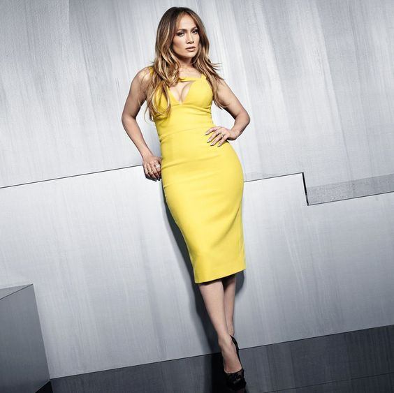 goodhealth : What's the secret to J.Lo's sculpted shape? These workouts:  https://t.co/S6muXl6r6e) https://t.co/OCdaYtkHMn