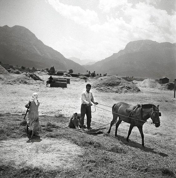 Παλιομονάστηρο, Τρίκαλα, 1965.φωτ.Τάκης Τλούπας