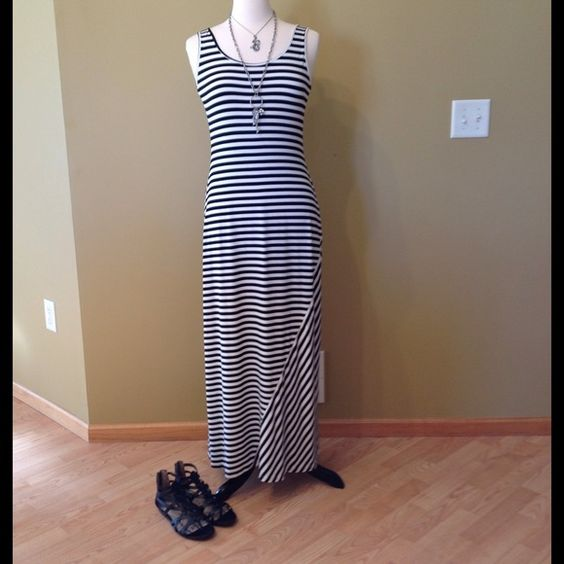 Calvin Klein Maxi Dress Black/White Striped, Very Stretchy Dress. NWOT. So Cute!  Calvin Klein Dresses Maxi