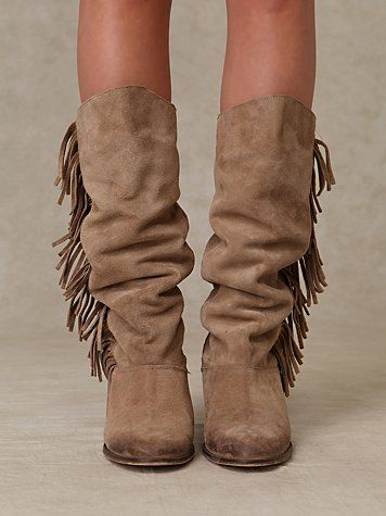 Rock your #fringe #boots