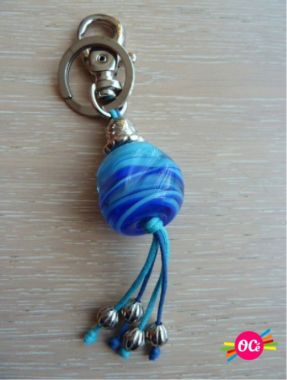 Porte clef, Key rings and Glass beads