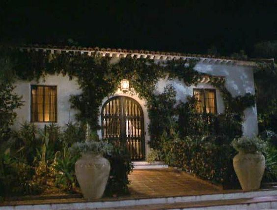 """Hanging Up"" movie Meg Ryan's Spanish bungalow #Spanishstyle"