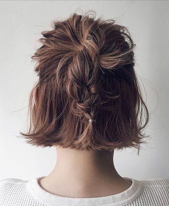 Idees De Coiffures Faciles A Faire Soi Meme In 2020 Hair Arrange