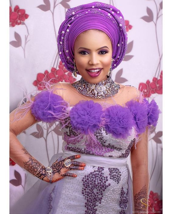 Drop Dead Gorgeous Aso Ebi styles For Wedding Turn Ups - Wedding Digest Naija