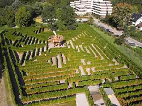 Hortus Vitalis - der größte Irrgarten Deutschlands. Die Familien-Attraktion in Bad Salzufeln. #Familie #Ausflug #Kinder