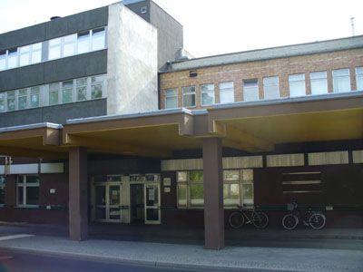 Franz-Volhard-Zentrum I Architekt: Franz Ehrlich I Baujahr: 1954–1956 I Adresse: Lindenberger Weg 80 13125 Berlin