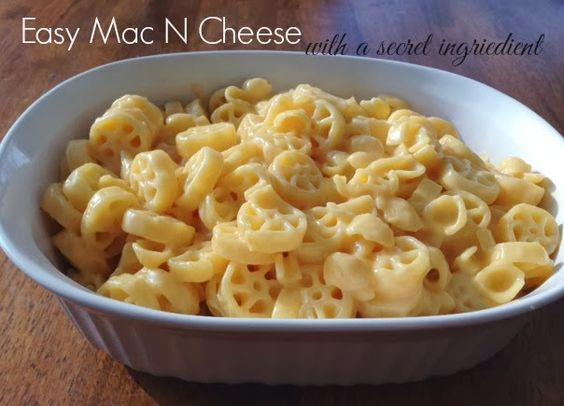 Easy Mac N Cheese...with a secret ingredient: