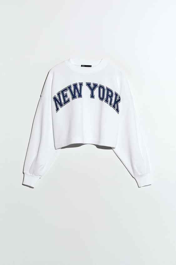 Cropped Sweatshirt With Text Crop Sweatshirt Sweatshirts Girls Fashion Clothes