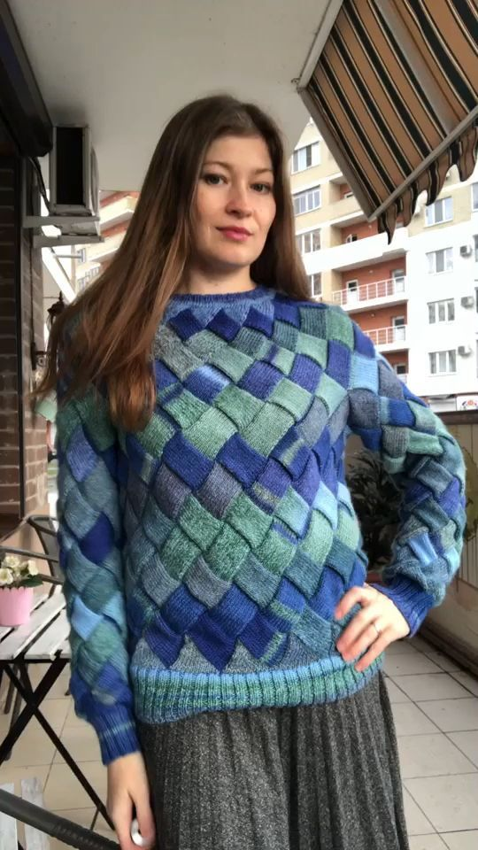 Knitted soft blue pullover Women/'s blue sweater Pullover made from Italian quality yarn