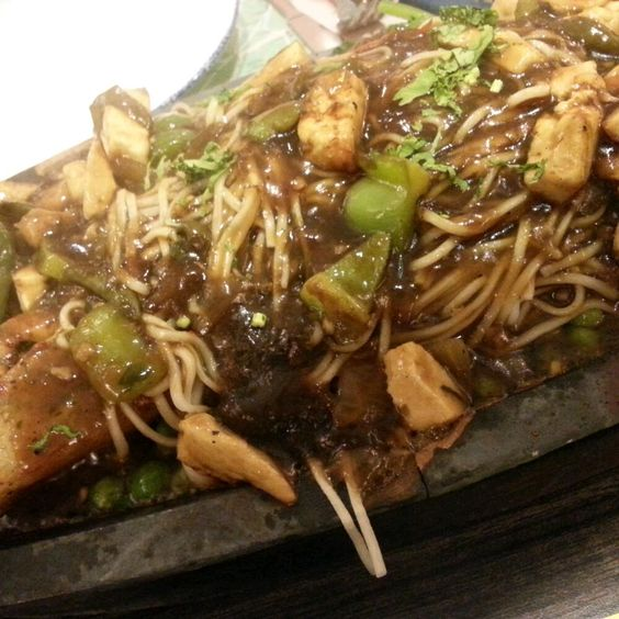 Paneer Soya Chilli Sizzler with Noodles  from Bombay Blue Photos, Pictures of Bombay Blue, Infiniti Mall 2, Malad West, Mumbai - Zomato