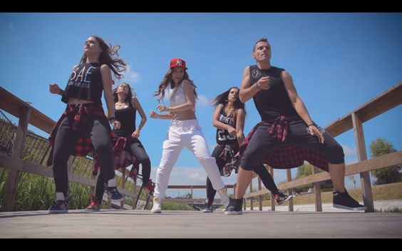 Kamelia - Amor - Zumba fitness choreography by Claudiu Gutu