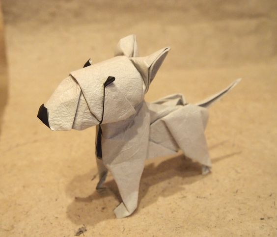 https://flic.kr/p/JW3ScG | 【Origami】 Bull Terrier | ブルテリア 創作・折り:小林弘明 【Origami 】 Bull Terrier Designed and folded by Hiroaki Kobayashi. Made from one square paper. 折紙作品。 不切正方形一枚折り。