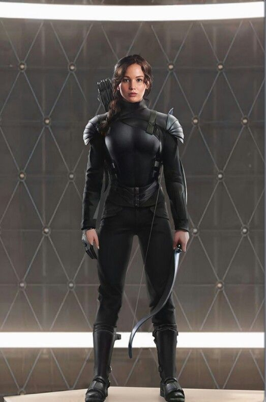 Katniss #Mockingjay #patio | Hunger games costume, Hunger games ...