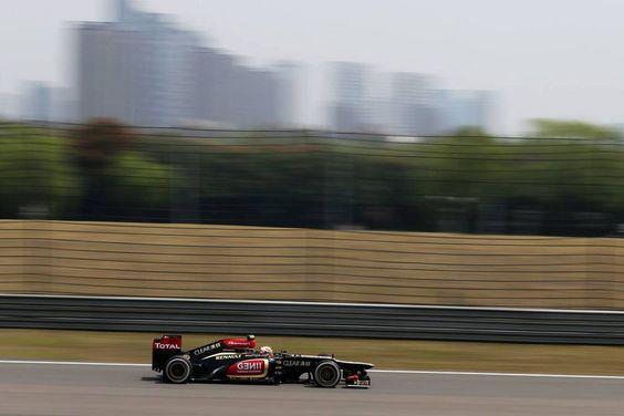 Round 3, UBS Chinese Grand Prix 2013, Practice, Romain Grosjean, Lotus F1 Team, On Track Action