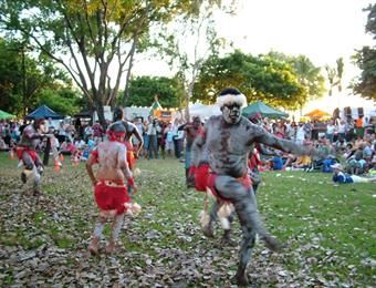 Mindil Beach Markets #darwin #mindilbeach #travel #markets