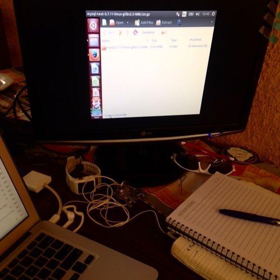 De volta às origens.  Só falta conseguir  ajustar a tela. #Linux #ubuntu #Virtualbox by karlladavis