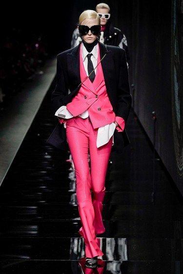 Versace Prêt-À-Porter Automne-Hiver 2020-2021 - Défilés | Vogue Paris
