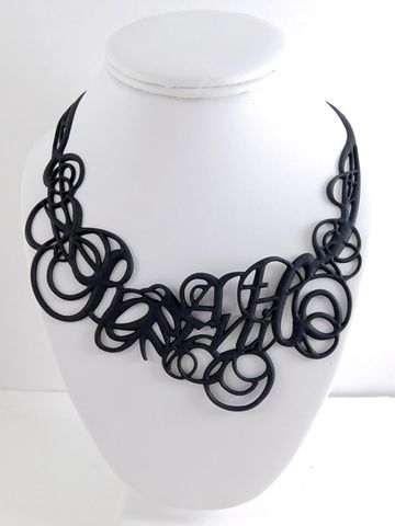 Batucada Romance Necklace