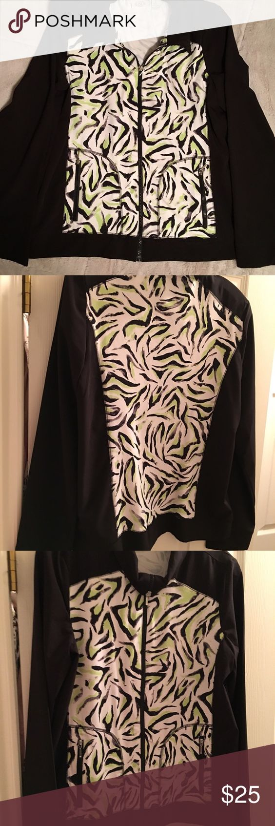 Chico golf jacket Great Chico golf jacket. Light weight but warm like wind breaker. Can be worn with jeans, golf skirt or pants. Great fabric. Does not wrinkle. Chico's Jackets & Coats Utility Jackets