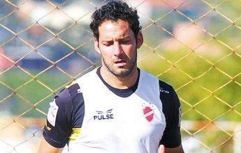 Bruno Lopes ou Sandrinho? Frontini deixa decisão nas mãos do treinador