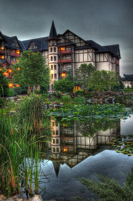 Inn the Reflection  The Inn at Christmas Place  Pigeon Forge, Tennessee