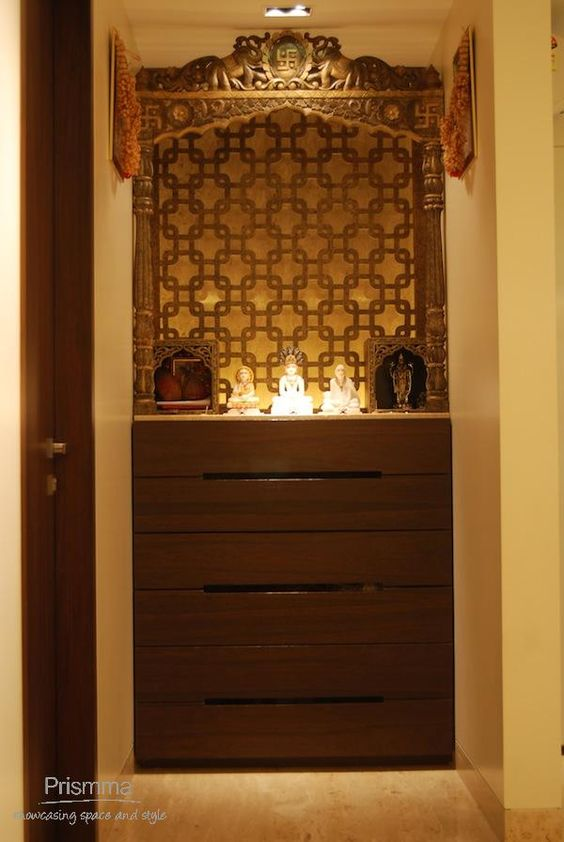 Hindu Prayer Cabinet Pooja Room Decor Colour Placement