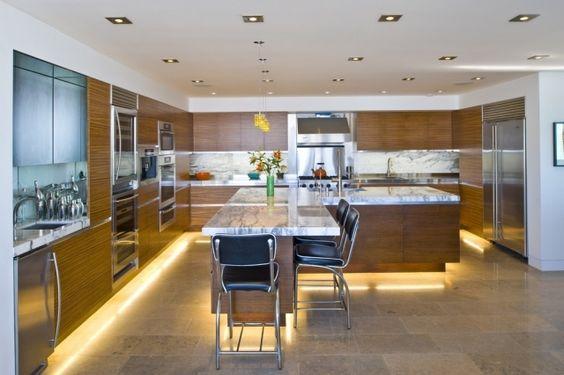 indirekte beleuchtung küche led leisten unten holz optik fronten - led leisten küche