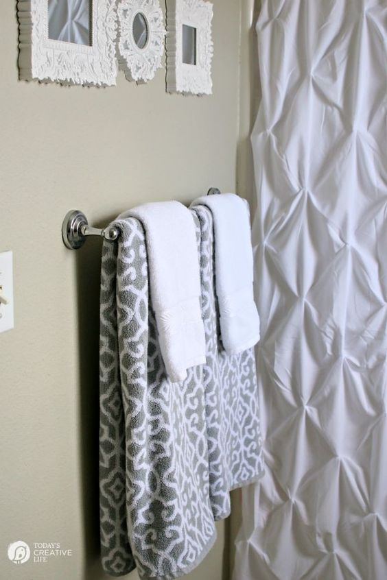 $110 Bathroom Update | Update and makeover your bathroom inexpensively. Bathroom Decorating ideas and more. on TodaysCreativeLife.com: