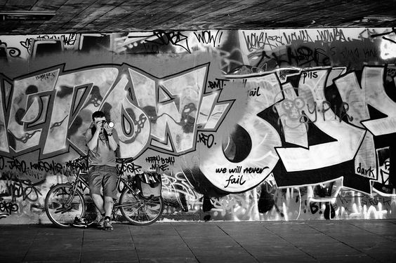 Graffiti at South Bank London - http://www.photo-visible.com/ by Nobuyuki Tgauchi photographer based in London