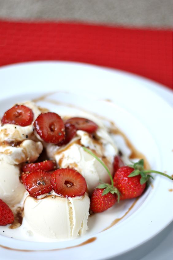recipe for Brown Sugar Balsamic Ice Cream Sauce with Fresh ...