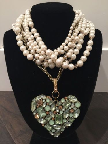 NWT-rare-Betsey-Johnson-Large-Mint-Green-Heart-multi-strand-Pearls-Necklace