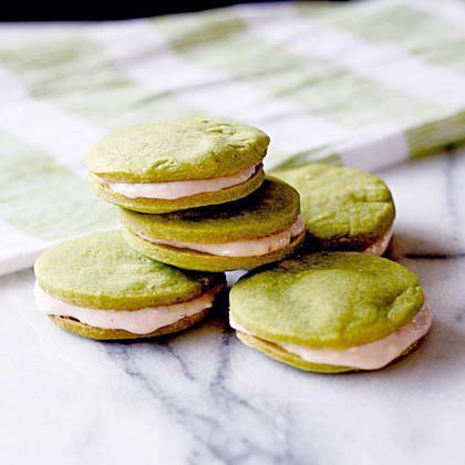 Green Tea Cookie Sandwiches with Strawberry Cream