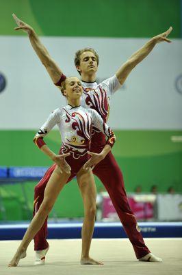 Pinterest • The world's catalog of ideas Acrobatic Gymnastics Mixed Pair