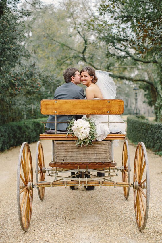 Lauren  Adam | Southern Wedding at Pebble Hill Plantation Read more at http://snippetandink.com/southern-wedding-at-pebble-hill-plantation/#DJvF3yKbqbZ1rLf3.99