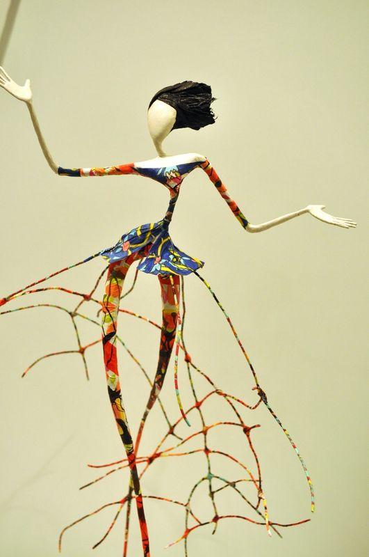 -Laure Freyermuth alias Lauref- *sculptrice de papier