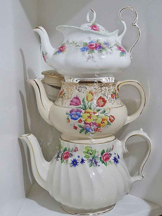 Just a couple of my vintage teapots for hire from highteahire.co.nz