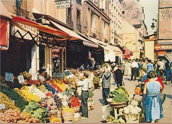 Le bas de la rue mouffetard et son march tr s color vers 1958 paris 5e - Marche de tissu a paris ...