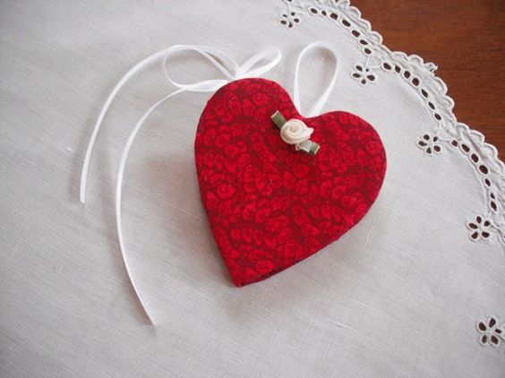 Needle Case- Pin Keeper -Red Heart