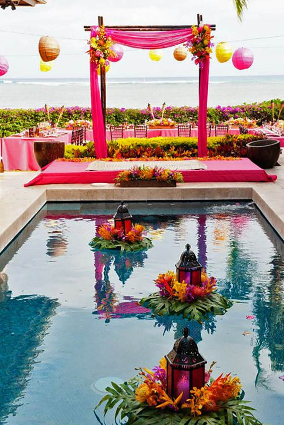 15 pool decor ideas for your backyard wedding wedding for Garden pool party ideas