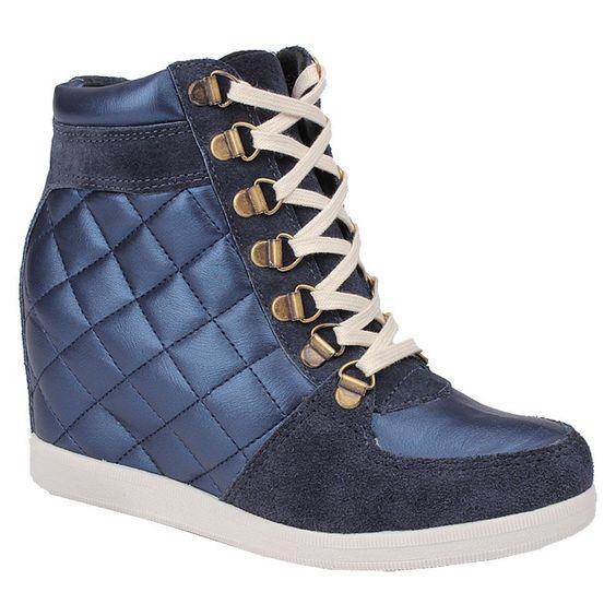 Love it! Want it! Sneaker Artwalk High @ ArtWalk