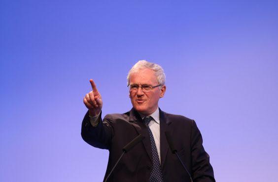Jean-Bernard Lévy, président d'EDF. © ReutersLe président d'EDF a décidé, dans la précipitation, de convoquer un conseil d'administration le 28 juillet pour faire approuver le projet très controversé de construction de deux EPR en Grande-Bretagne. Alors...