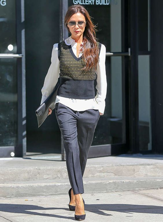 business-look-victoria-beckham-spl852490_002