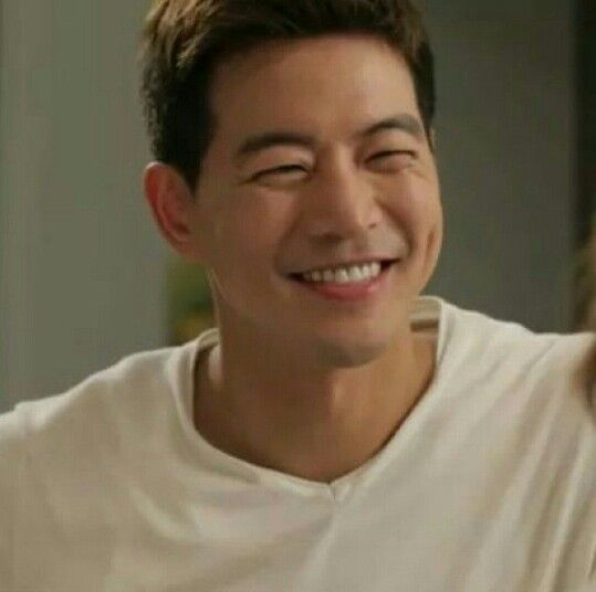 Lee Sang Yoon Angel Eyes