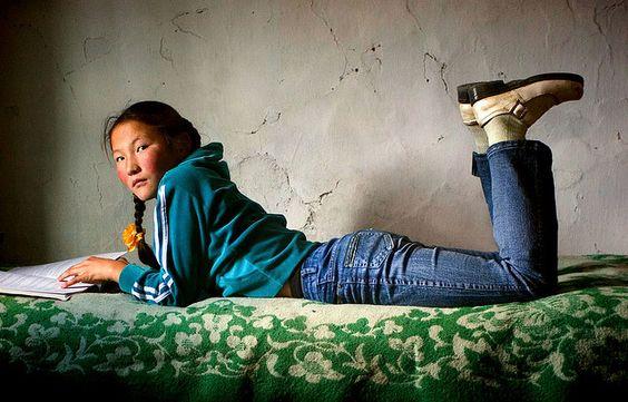 Mongolian Girl(September 19, 2007 - Erdenebulgan, Mongolia)