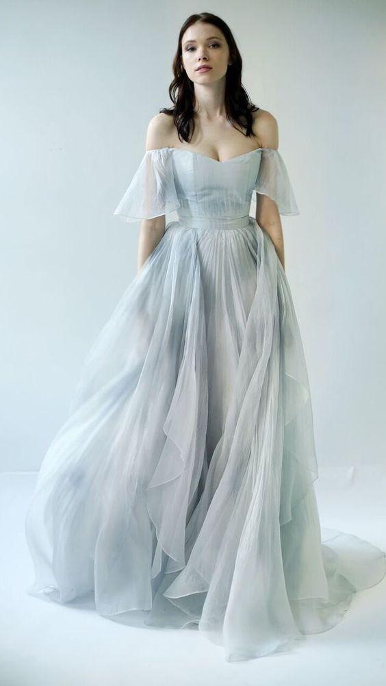 الفساتين 393d8492c4517ae13e4e